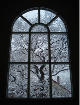 Winter window the whereproject for Picture window